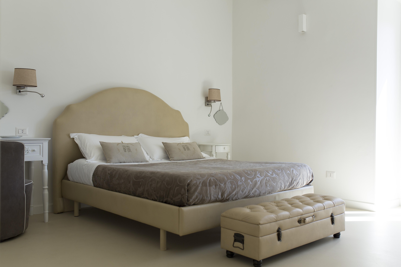 stanza Vittoria-residence-le-vie-del-centro-beb-bed-and-breakfast-appartamento-casa-vacanze-matera-basilicata